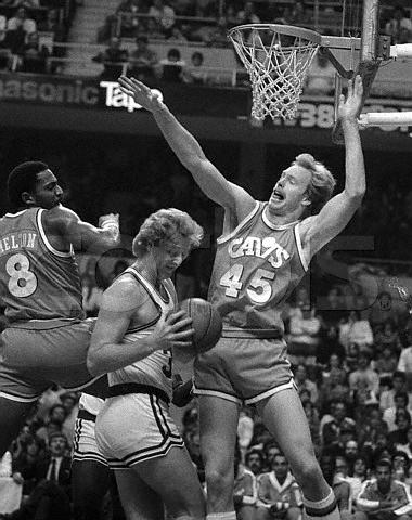 Larry Bird vs Cavs