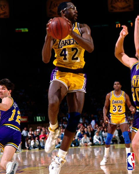 James Worthy contra Utah Jazz