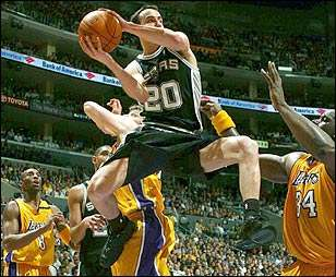 Ginobili contra Lakers