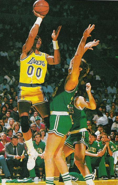Mychal Thompson tira sobre Larry Bird